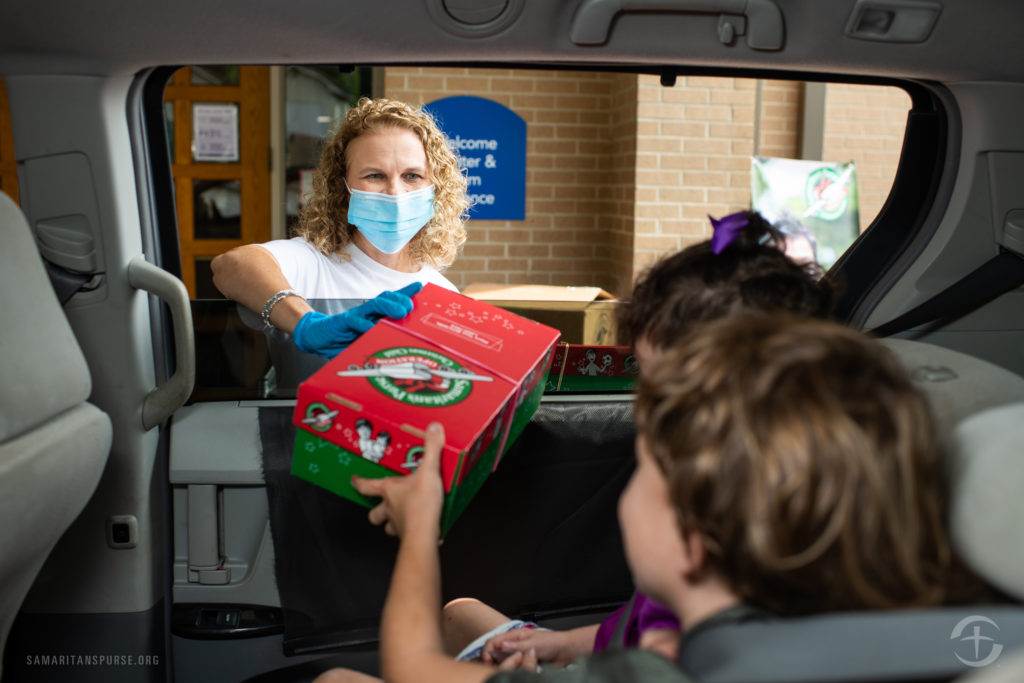 Safe curbside drop-off for Operation Christmas Child2